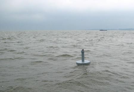 Brandlgenerator im offenen Meer